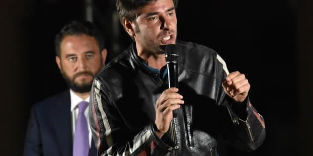 Alessandro Di Battista durante il comizio M5S per il candidato alle Regionali siciliane Giancarlo Cancelleri, Catania, 28 ottobre 2017. ANSA/ORIETTA SCARDINO