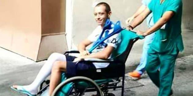 Furto al  Dottore  |  rubata la radiografia della gamba rotta di Valentino Rossi