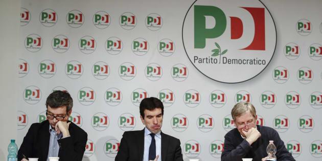 Andrea Orlando (s), Maurizio Martina e Gianni Cuperlo durante il seminario ''Adesso ricostruire. Il Pd e la sinistra'', Roma, 17 marzo 2018. ANSA/GIUSEPPE LAMI