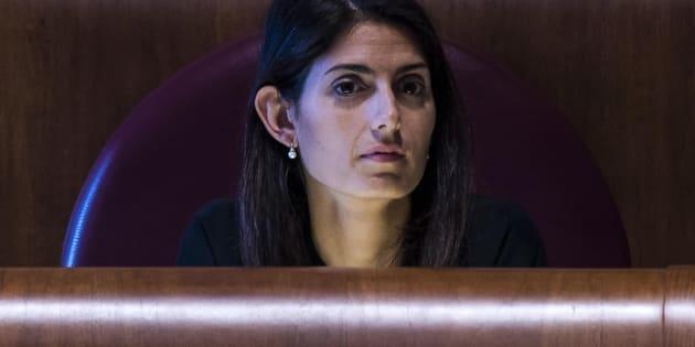 La sindaca di Roma, Virginia Raggi, durante l'assemblea Capitolina, 29 settembre 2017.  ANSA/ANGELO CARCONI