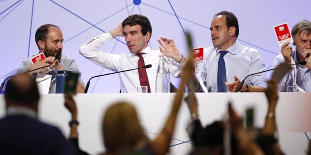 Matteo Orfini (S), Maurizio Martina e Andrea Marcucci all'hotel Ergife durante l'Assemblea Nazionale del Partito Democratico, Roma, 19 maggio 2018. ANSA/GIUSEPPE LAMI