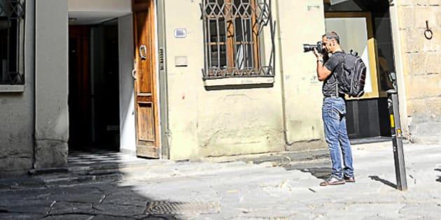 L'esterno del palazzo dove sono state violentate le due ragazze americane a Firenze, 9 settembre 2017.  ANSA/MAURIZIO DEGL'INNOCENTI