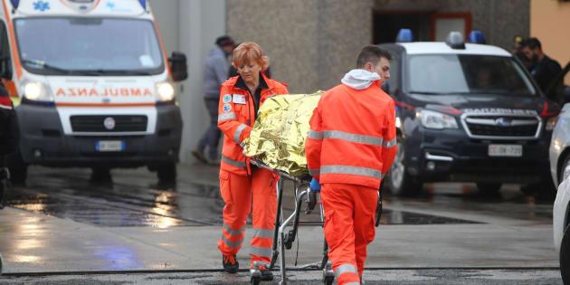 Uccide due persone, si toglie la vita durante la fuga