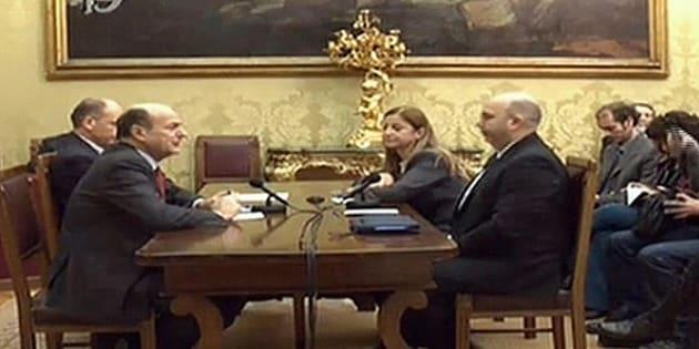 L'incontro, in diretta streaming, tra Bersani e la delegazione di M5S