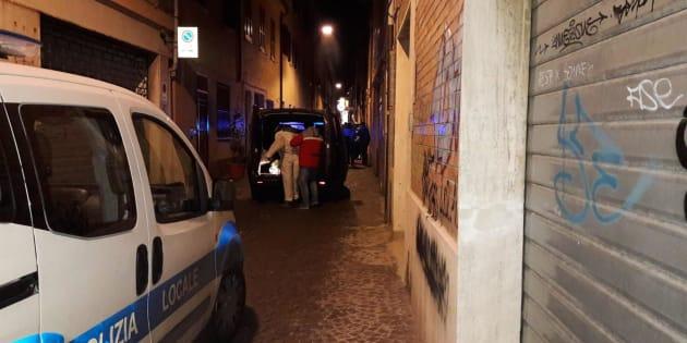 Il luogo dove è stato ucciso Marcello Bruzzese, 51 anni, calabrese di Rizziconi (Reggio Calabria), fratello del collaboratore di giustizia Biagio Girolamo Bruzzese, sottoposto a programma di protezione