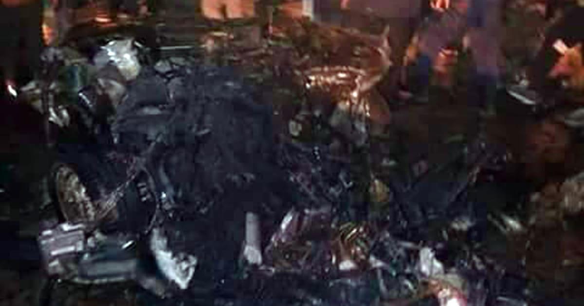 Due autobomba esplodono a Bengasi: circa 30 morti. Tra le vittime i vertici degli 007