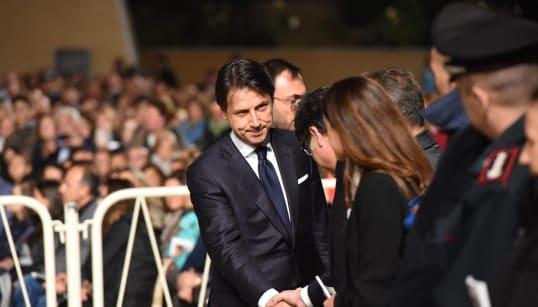 CONTE PIO - Celebrando il Santo a San Giovanni Rotondo il premier prova a recuperare con Tria: mi fido di tutti i ministri. E...
