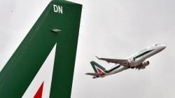 Fs avvia trattativa con Delta ed EasyJet come partner per la nuova Alitalia. Governo dà l'ok al Tesoro