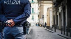 Vendevano permessi di soggiorno da 500 a 5mila euro: arrestati sei poliziotti a