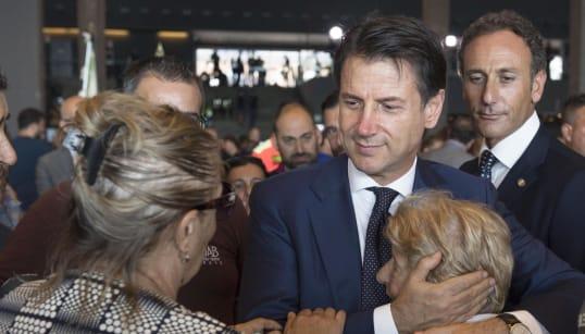 CONTRIBUTI DAL GOVERNO - Cdm lampo, 28 milioni per l'emergenza. Salvini: impegno per giustizia, verità e