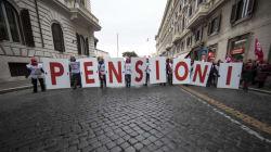 Statali in pensione: previste 180mila uscite dalla Pa con quota 100 (di