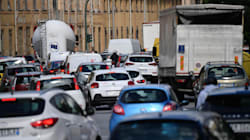 Genova alla prova del traffico dopo il crollo del ponte: nel primo lunedì di settembre code e