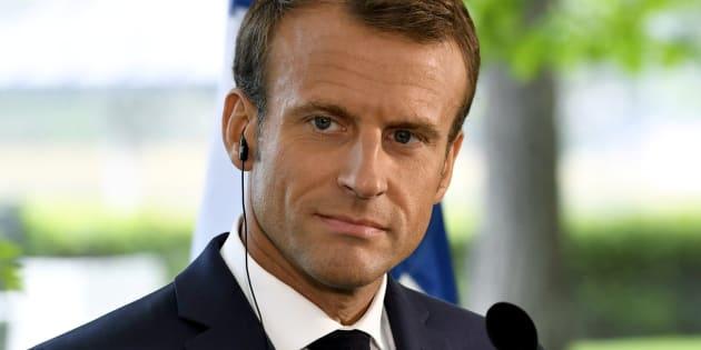 Chiche, monsieur Macron, discutons des sujets sociaux cruciaux.