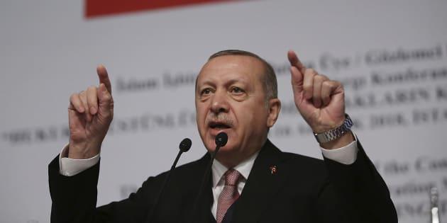 Siria, Erdogan calza l