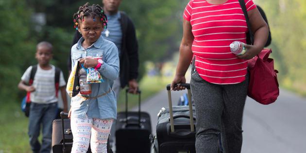 L'un des enjeux du débat actuel est de savoir si ces personnes sont des réfugiés ou non.