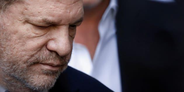 El productor de cine Harvey Weinstein, este martes a la salida de la corte en la que ha declarado, en Nueva York.