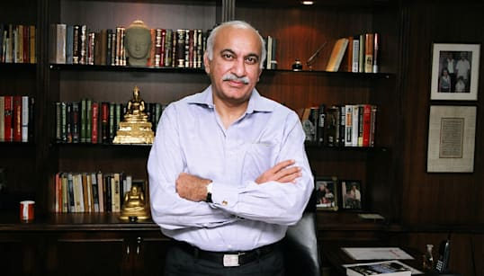 New Accuser Says MJ Akbar Harassed Her When She Was An 18-Year-Old