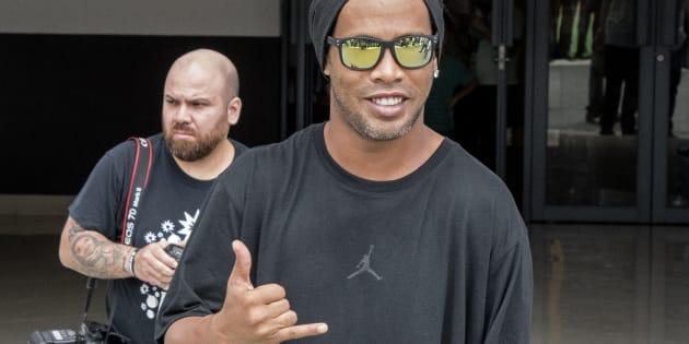 Ronaldinho dément vouloir se marier avec deux femmes