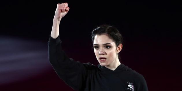 平昌オリンピックのフィギュアスケート・エキシビションで演技を披露するメドベージェワ選手=2月25日