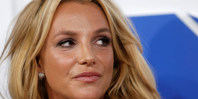Britney Spears vend une première toile pour 10 000 $