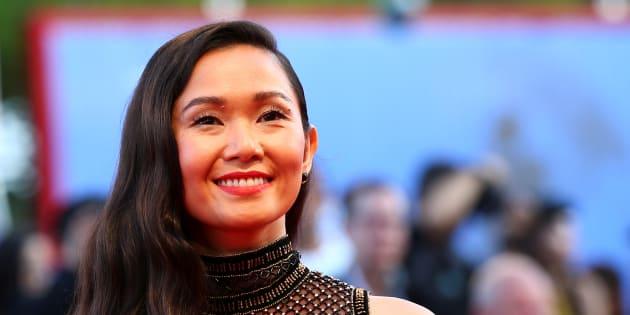 Hong Chau en la ceremonia de apertura del Festival de Venecia, el 30 de agosto de 2017.