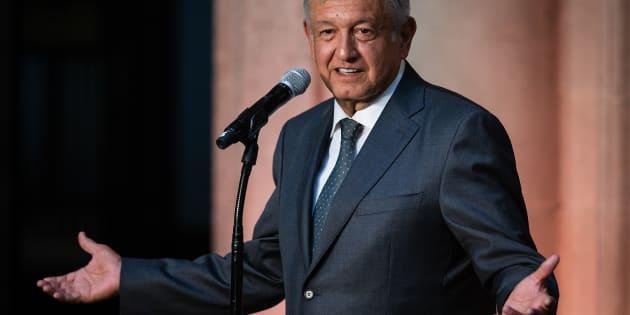 Andrés Manuel López Obrador festejó los 4 años de Morena como partido político y aseguró que es un fenómeno mundial.