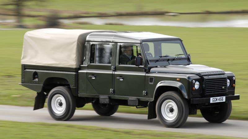 Land Rover намекает, что пикап на базе Defender находится в разработке