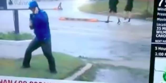 La chaîne météo américaine défend le duplex jugé ridicule de l'un de ses journalistes.