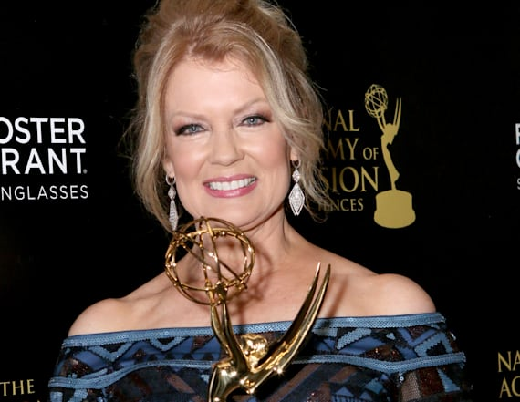 Mary Hart snags Lifetime Achievement Award