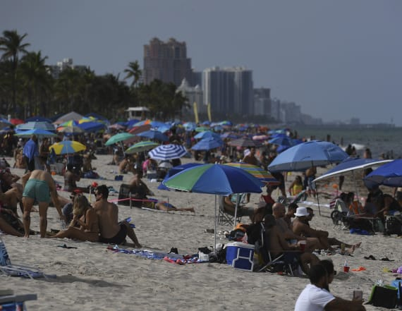 Florida tallies 10K new virus cases in one day