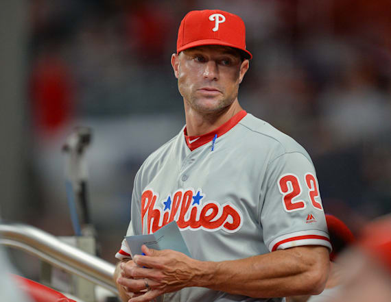 Phillies manager Kapler lost home in California fire