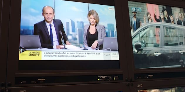 CNews en chute libre, LCI et BFM en hausse, la percée de France info... Les audiences 2017 des chaînes d'info.