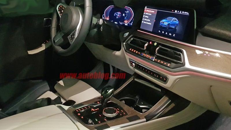 Series G20 >> 2019 BMW X7 interior revealed in spy shots - Autoblog