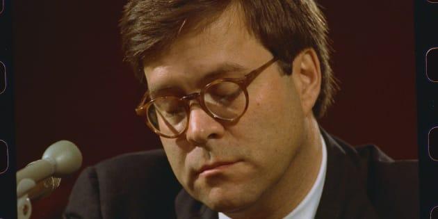 William Barr lors de sa nomination comme ministre de la justice sous le mandat de Geroge H. W. Bush en novembre 1991.