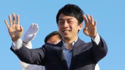 小泉進次郎氏、応援演説でまさかの「無言」。なぜ?