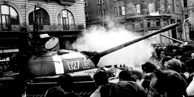 """""""A Praga morì il comunismo"""""""