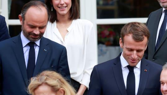 La popularité de Macron (très) loin derrière celle de