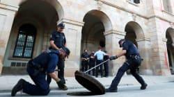 Catalogna al bivio. Parlament blindato per il discorso di Puigdemont. El Pais: