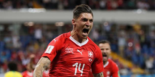Steven Zuber fez 1º gol de Suíça e empata com Brasil.