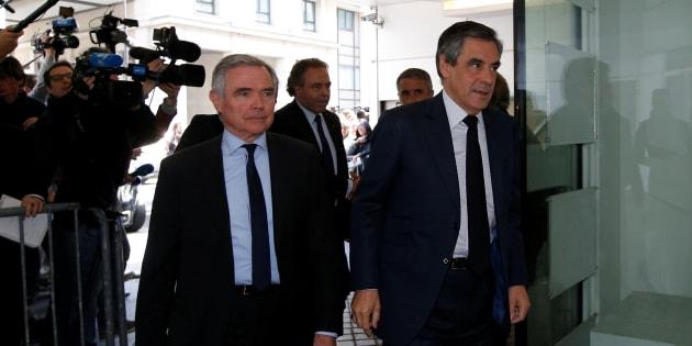 François Fillon à son arrivée ce lundi au siège des Républicains.
