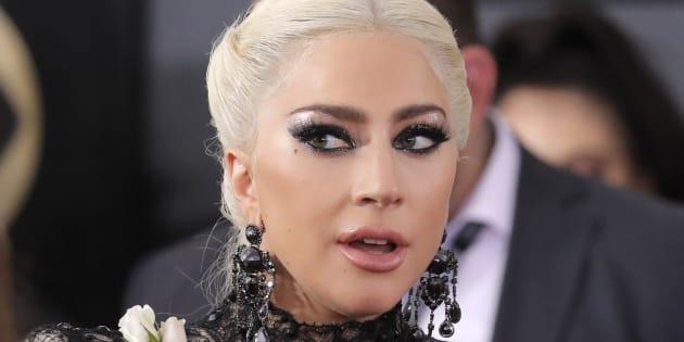 Lady Gaga sur le tapis rouge des Grammy Awards le 28 janvier.