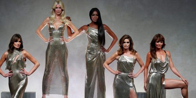 De izquierda a derecha, Carla Bruni, Claudia Schiffer, Naomi Campbell, Cindy Crawford y Helena Christensen.