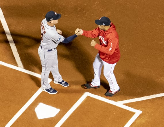 Report: Mets, Red Sox tied to sign-stealing scheme