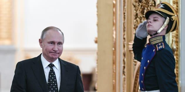 Russia, bomba al supermercato Putin: