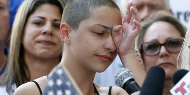 Emma Gonzalez est devenue instantanément la porte-étendard du mouvement anti-armes aux États-Unis.