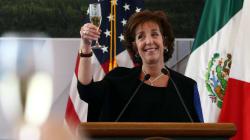 Roberta Jacobson, embajadora de EU en México, dejará el cargo en