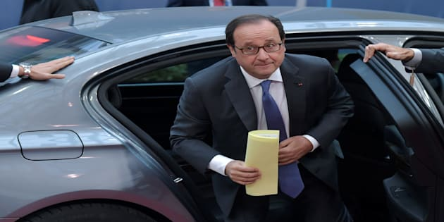 France's President Francois Hollande arrives at the EU summit in Brussels, Belgium October 21, 2016. REUTERS/Eric Vidal