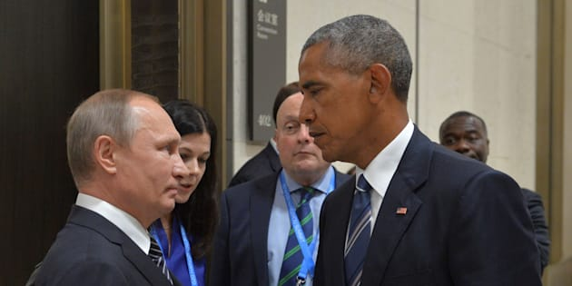 Russian President Vladimir Putin (L) meets with U.S. President Barack Obama on the sidelines of the G20 Summit in Hangzhou, China, September 5, 2016. Sputnik/Kremlin/Alexei Druzhinin/via REUTERS ATTENTION EDITORS - THIS IMAGE WAS PROVIDED BY A THIRD PARTY. EDITORIAL USE ONLY.     TPX IMAGES OF THE DAY
