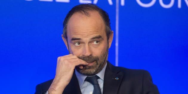 """Exposition universelle à Paris: Édouard Philippe qualifié de """"lâche"""" et """"indigne"""" après le renoncement"""