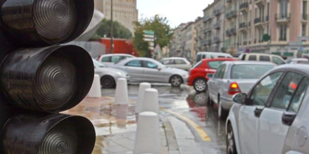 AFP                       Coupure d'électricité par la CGT à Boulogne ni chauffage ni feux tricolores... l'action du syndicat a laissé des traces